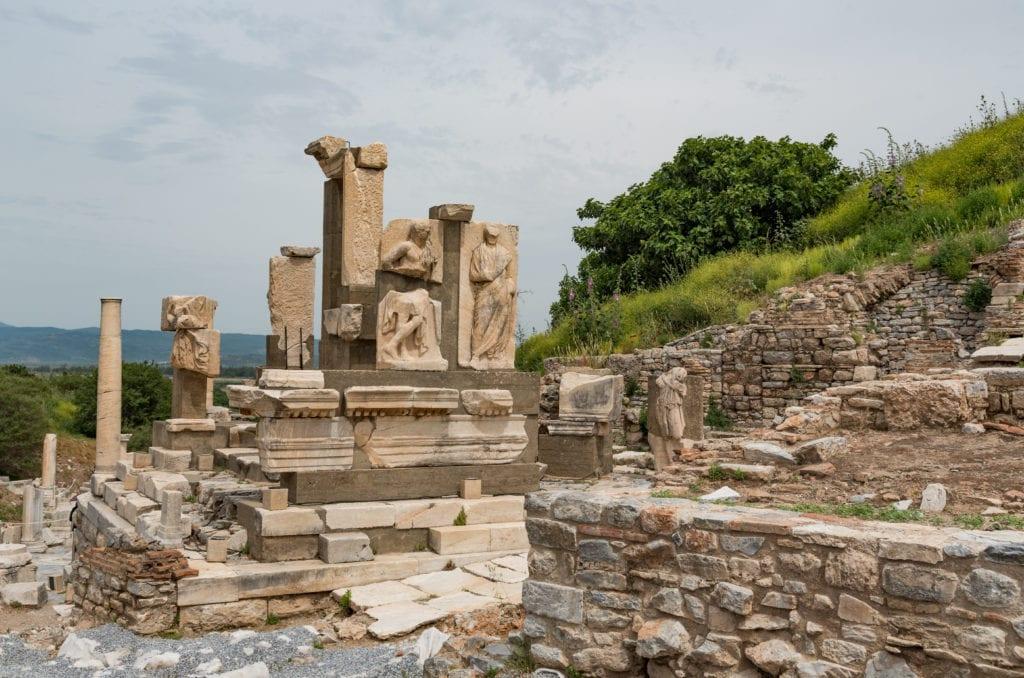 image of ruins at Ephesus